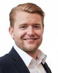 Christopher   Sveen
