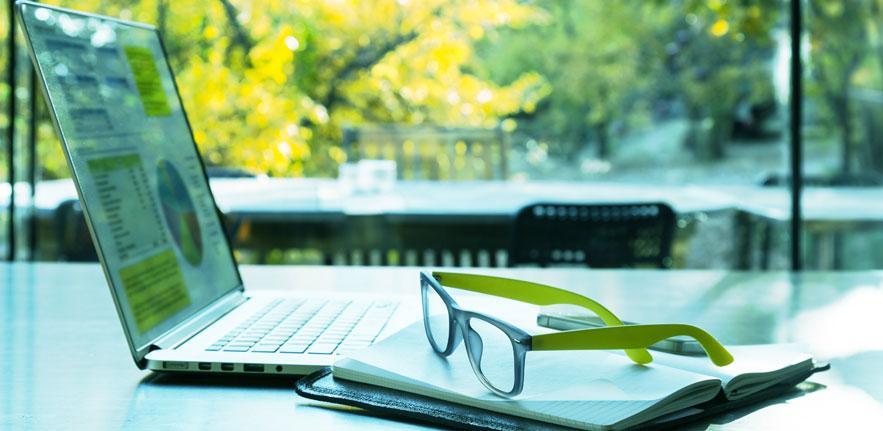 Bespoke online learning